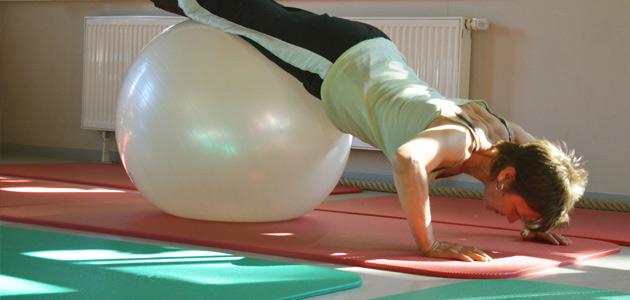 Prävention nach §20: Rückenschule - Emba Therapiezentrum im Saarland