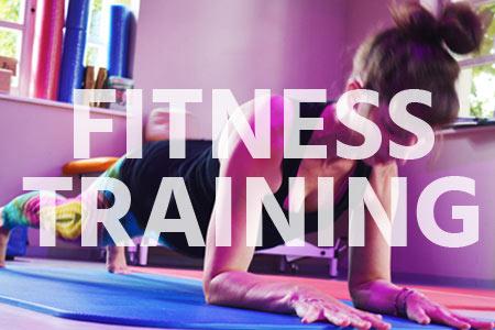 Funktionelles Fitnesstraining: gezielte Übungen zur Steigerung der allgemeinen Fitness.